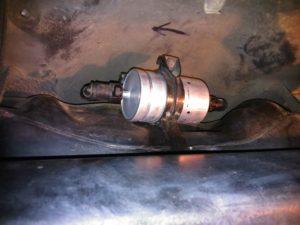 vymena-palivoveho-filtra-apq-1